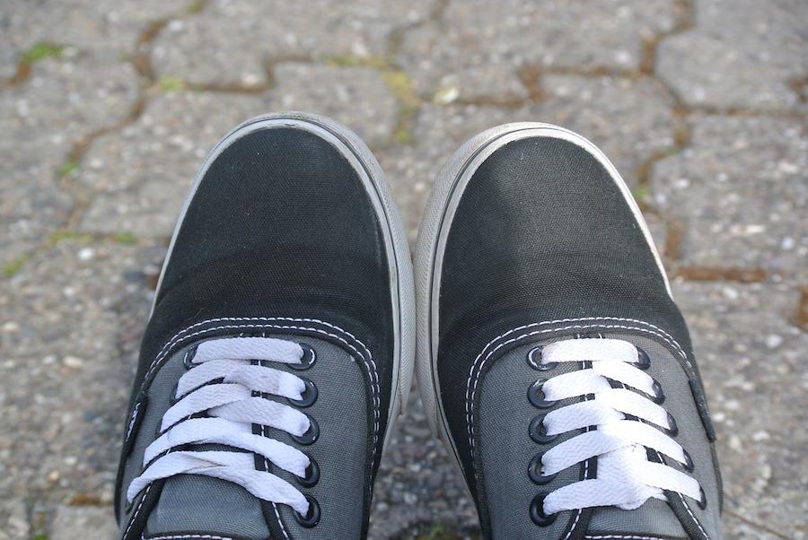 shoes-744621_1280