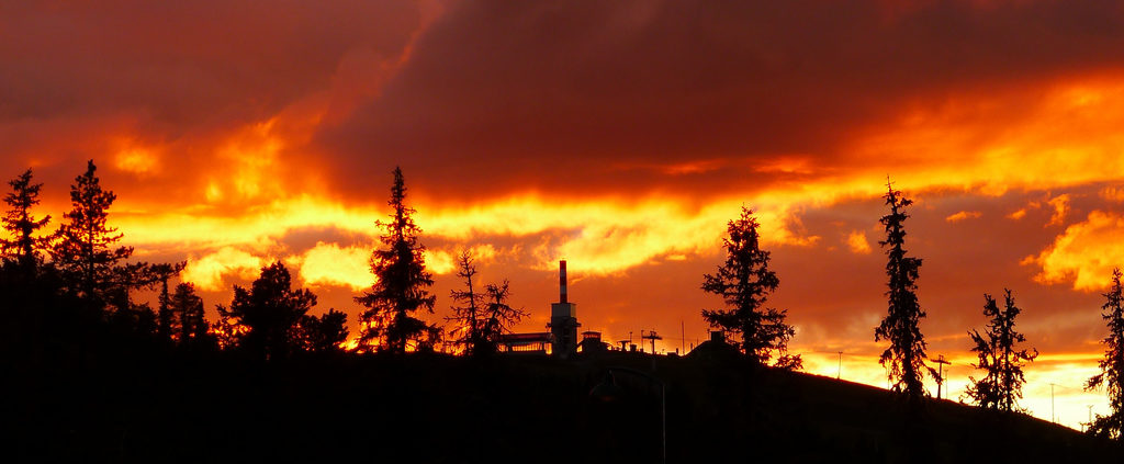 Sunset in Ruka, Northern Finland. Photo by Timo Newton-Syms.